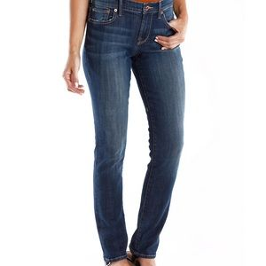 ⭐️ 2 for $25 Lucky Brand The Sweet Jeans Straight